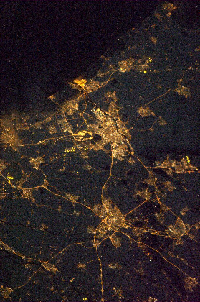 Amsterdam & Utrecht vanuit de ruimte door Andre Kuipers