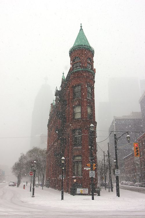 Snowy Day, Toronto... I have experienced this.. nothing like Alberta but still snowy and cold... LOL