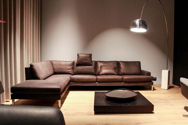 wohnzimmer couch leder: in braunem #Leder auf der #imm16 #immcologne #sofa #wohnzimmer #design
