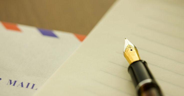 Cómo escribir una carta para solicitar un cambio de turno. Escribir una carta para solicitar un cambio de turno es la manera más profesional de acercarte a tu empleador y asegurarte de que a tu solicitud se le dará la debida atención. Esto también permite que expreses las razones que no podrías recordar en una reunión. Antes de hacer tu solicitud, asegúrate de conocer los hechos que apoyarán la ...