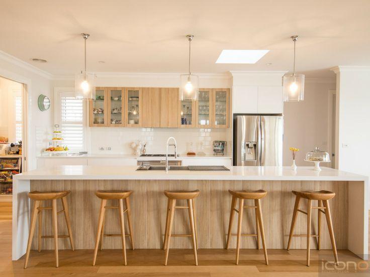 Modern Australian Kitchen. #iconobuildingdesign #modernkitchen #Scandinavian #islandbench