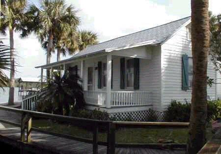 Florida cracker house the grant house in brevard county for Florida cracker style homes