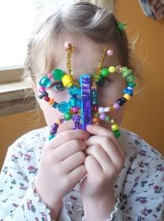 pony bead butterfly - I know a little girl that is going to LOVE this!