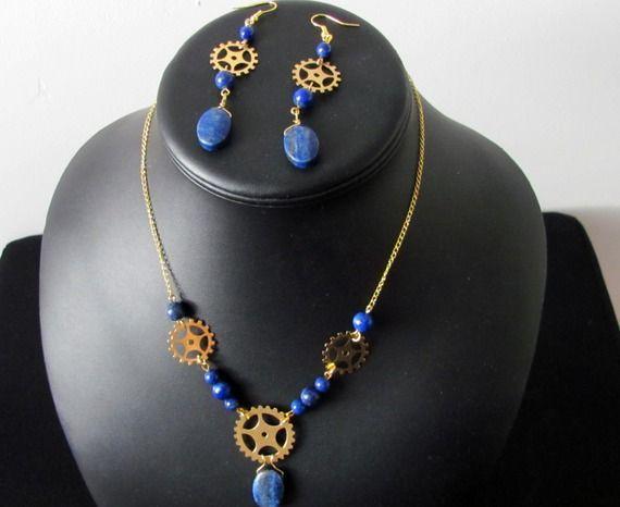 """Parure Collier et boucles d'oreilles """"Les Rouages du Temps"""", Lapis Lazuli et…"""