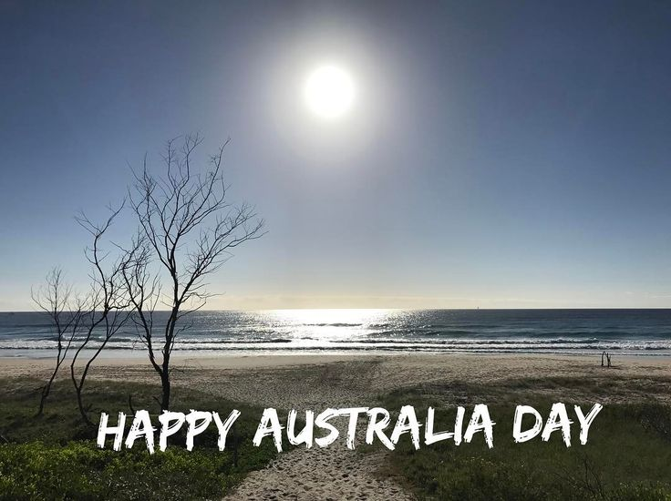 #nofilter #byronbay #wategobeach #2017 #happyaustraliaday #aussie #australiaisbeautiful Perfect weather for a facial book in today or tomorrow spaces available.