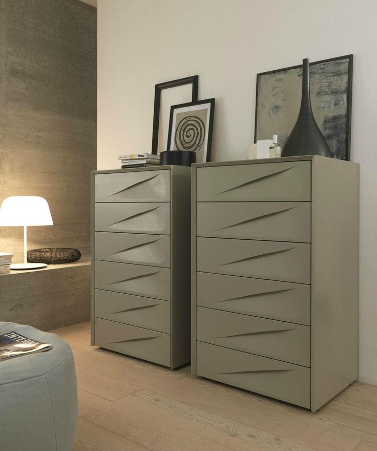 Modern tallboy chest of drawers with a difference the SMA Genesis 6 Drawer Tallboy is an Ash Wood slim Chest comes in lots of ash lacquer colours including sky blue, melon, black, graphite grey and red. #robinsonsbeds #modernbedrooms #tallboys