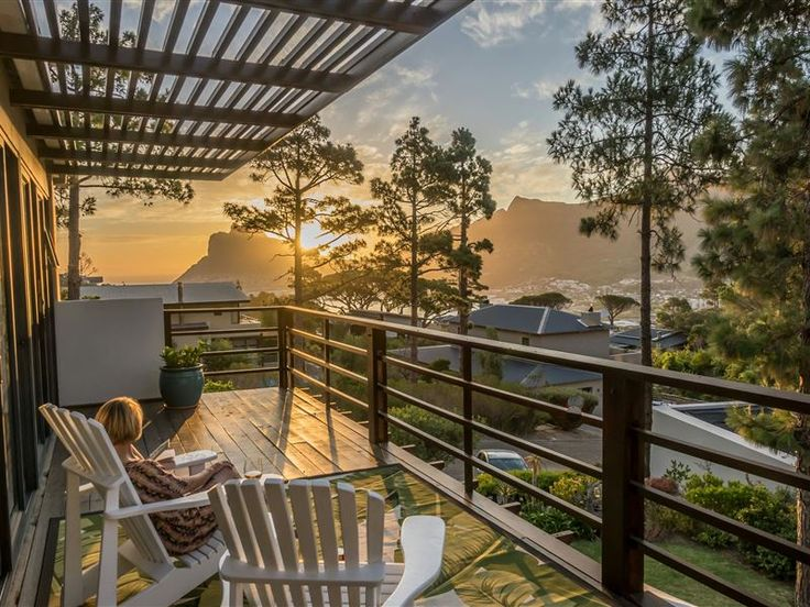 Baviaanskloof I  - Situated in the highly sought after security estate of Baviaanskloof Estate, this spacious flatlet caters to the visitors looking for serenity with a touch of class. You'll love it for its views, tranquility ... #weekendgetaways #houtbay #capemetropole,peninsula #southafrica