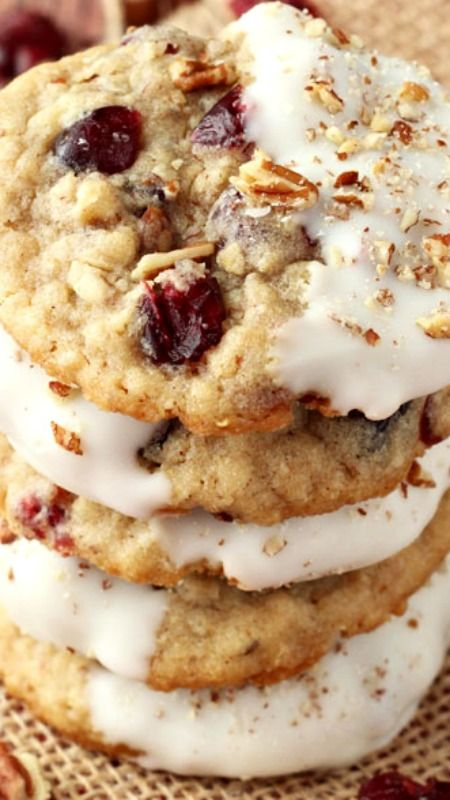White Chocolate Dipped Cranberry Pecan Oatmeal Cookies Recipe ~ so delicious!