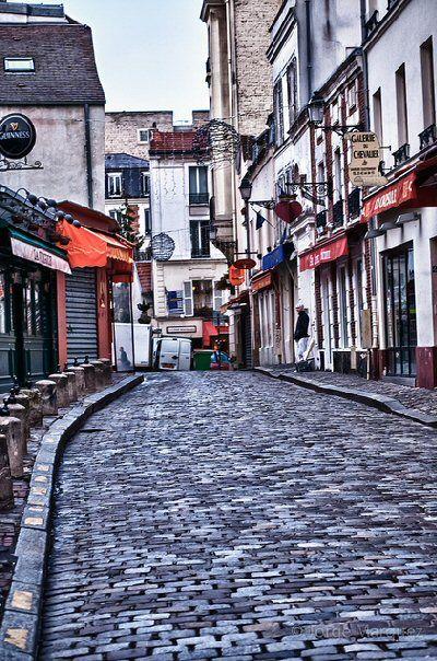 rue du Chevalier-de-La-Barre - Paris 18e