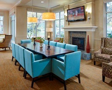 Hilton Garden Inn Portland/Lake Oswego Hotel, OR - Fireplace