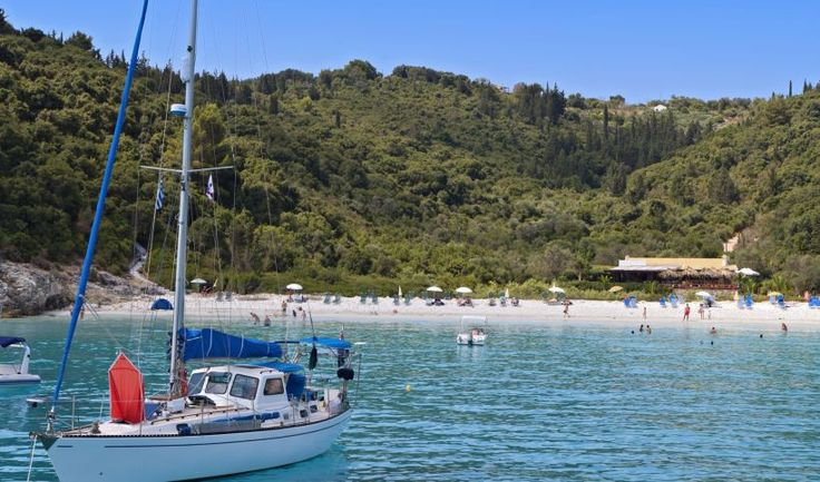Holidays in Paxi and Antipaxi | Discover Greece