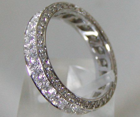 Women's wedding eternity band
