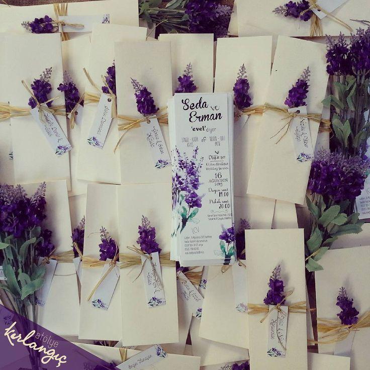 Haftanın ilk gününde, bayramdan önce teslim etmiş olduğumuz, en sevilen konseptimiz olan lavantalarımızı sizinle paylaşıyoruz, sevgiler #davetiye#wedding#tasarım#atolyekirlangic#invitation#card#kina#weddingcard#dugun#davetiyeler#gelin#nisan#nikah#dugundavetiyesi