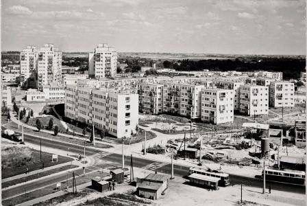 rok 1971, budowa targu przy ul. Wileńskiej  źródło; Dariusz Kosiński