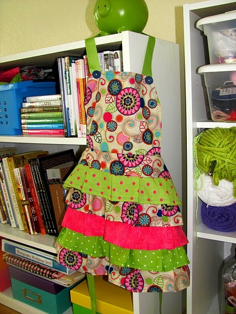 frilly apron tutorial