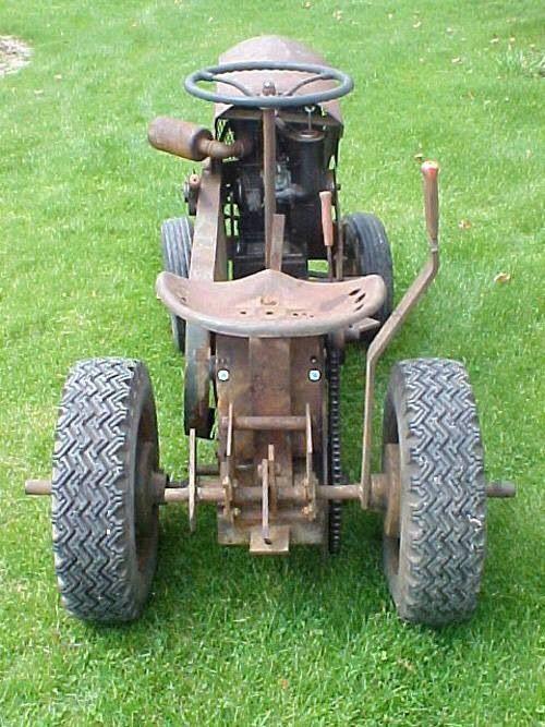 old tractor garden tractors and misc pinterest old. Black Bedroom Furniture Sets. Home Design Ideas