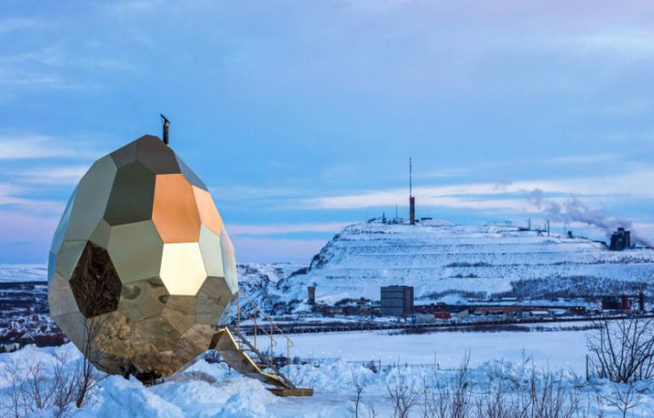 The brilliant minds at Riksbyggen came up with the idea of combining a meeting room with a public sauna and the final result is this astonishing Egg Shaped Sauna ➤ To see more news about luxury lifestyle visit Coveted Edition at www.covetedition.com #Covetedmagazine #CityofKiruna #EggShapedSauna #ExtravagantSaunas #PublicSauna #Riksbyggen #Sweden
