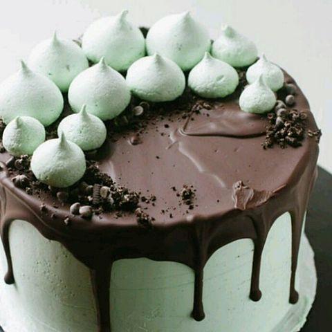 チョコミントカラーのケーキの画像 プリ画像