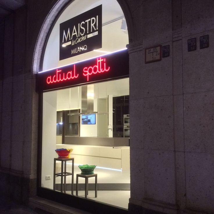 Concept show-room , Actual Spotti - Maistri