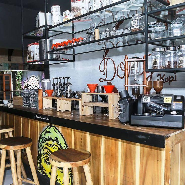 Kafe untuk Pencinta Buku