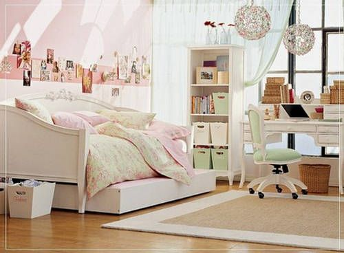 I love the idea of a day bed as a little girls bed!