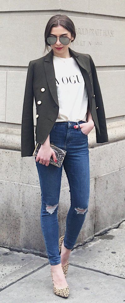 #winter #fashion /  Black Blazer / Printed Tee / Destroyed Skinny Jeans / Leopard Pumps