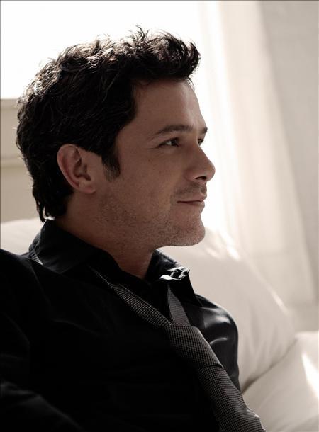 Alejandro Sanz. @Gaby Saucedo Saucedo Arratia