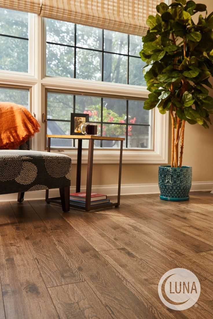 Clover Field laminate flooring has the real look of