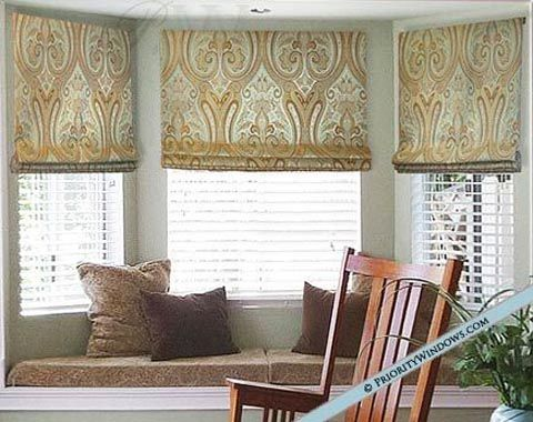 Board Mounted Roman Valance With Stacked Folds Window