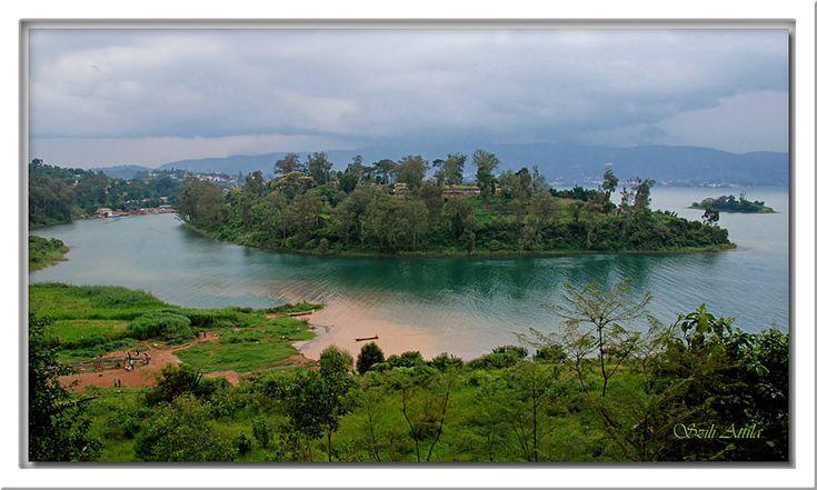 Rwanda: The rainy season by atus
