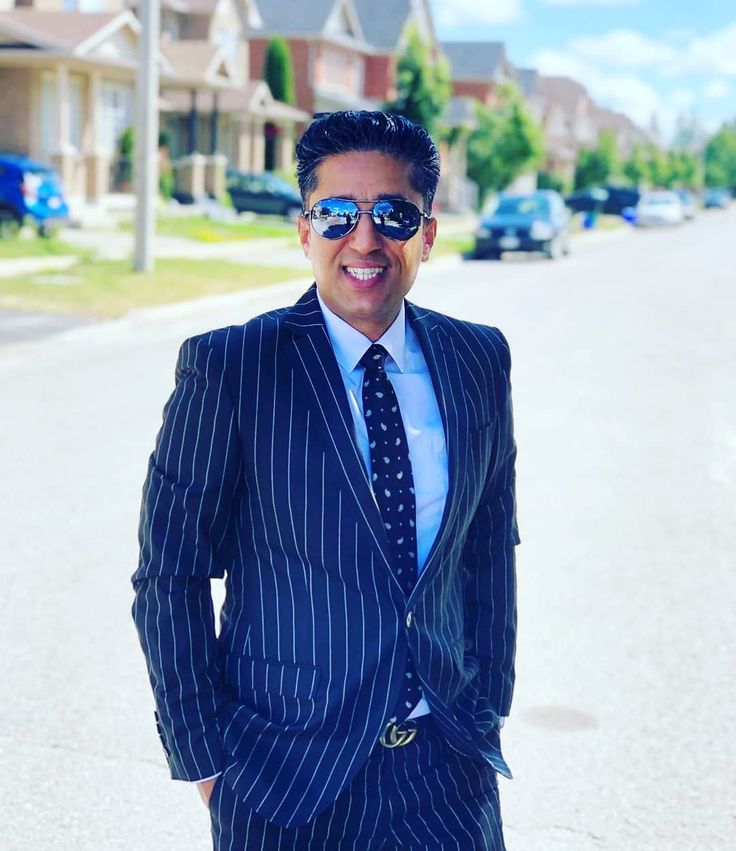 𝗕𝗨𝗬 𝗜𝗡 Sean Shahvari Realestate Realestateagent Realtor Home Business Design Investment In 2020 Real Estate Agent Luxury Lifestyle Fashion