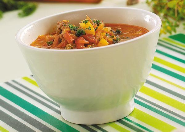 En mycket lättgjord mustig soppa med köttfärs.