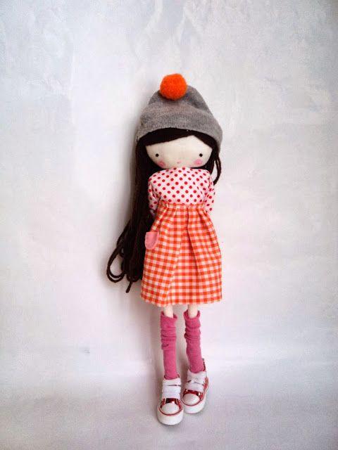 Mia, rag art doll - les bas!!