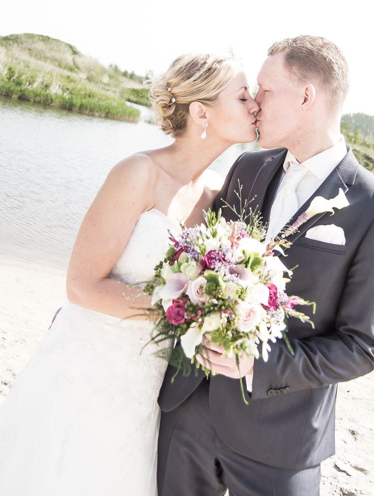 Het Huwelijk van Michel Zandbergen & Femke Holweg  In Vollenhove gaven ze elkaar het Ja woord.
