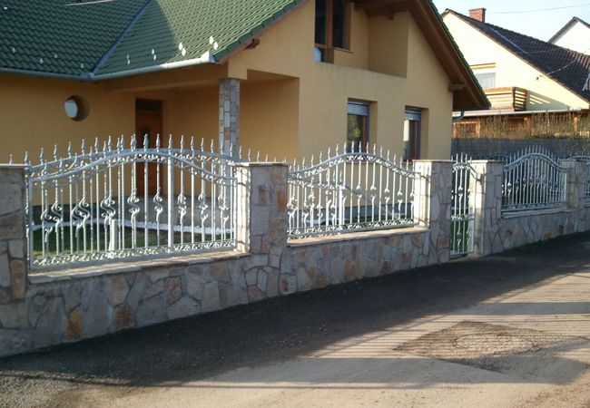 Pin On House Fence Design