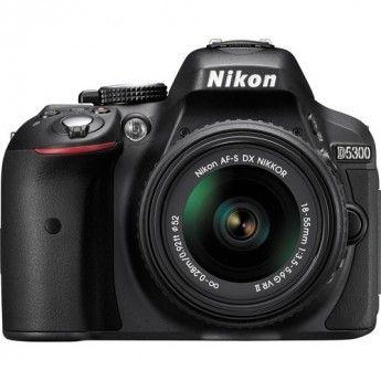 Nikon D5300 + Objetivo 18-55mm VR II (Negro): 470 €