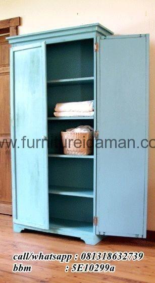 Lemari Pakaian Antik 2 Pintu Klasik-Berikut kami tawarkan untuk anda,salah satu produk andalan dari furniture idaman.com yaitu furnture ini wajib anda