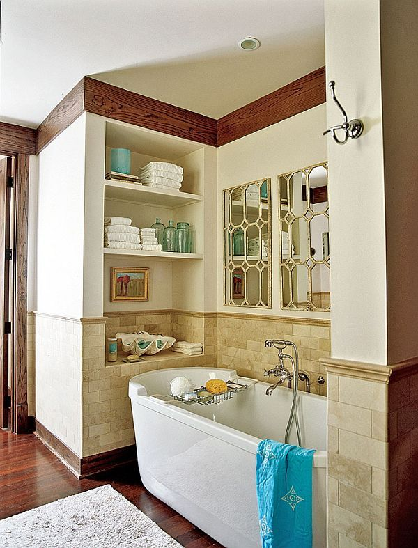 House Of Turquoise Florida Beach Love The Built In Shelves This Coastal Bathroom