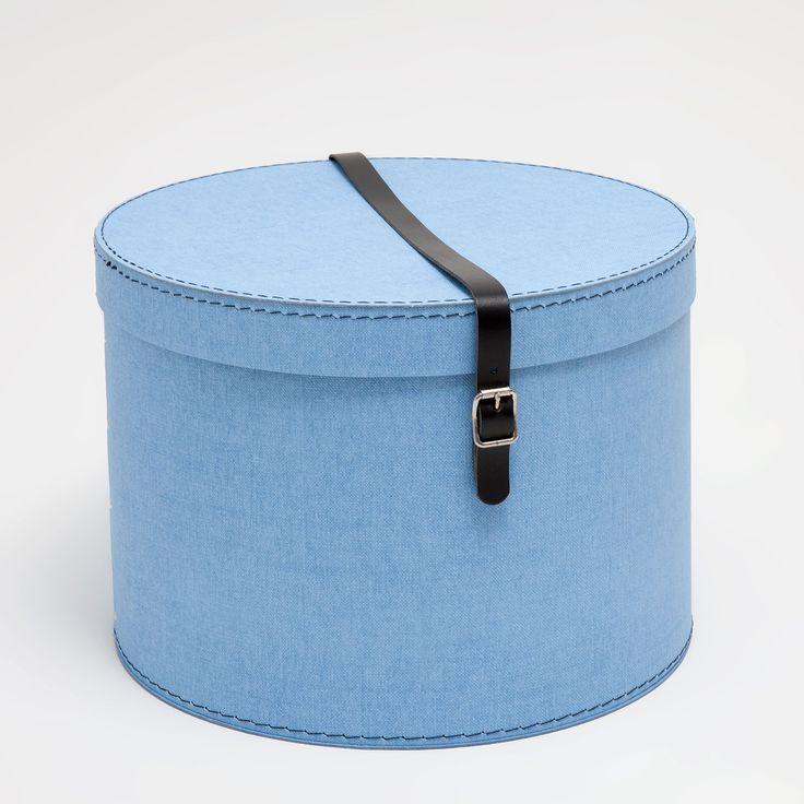 https://www.zarahome.com/it/decorazione/scatole/scatola-rotonda-cintura-blu-m%C3%A9lange-c1020031276p300047799.html