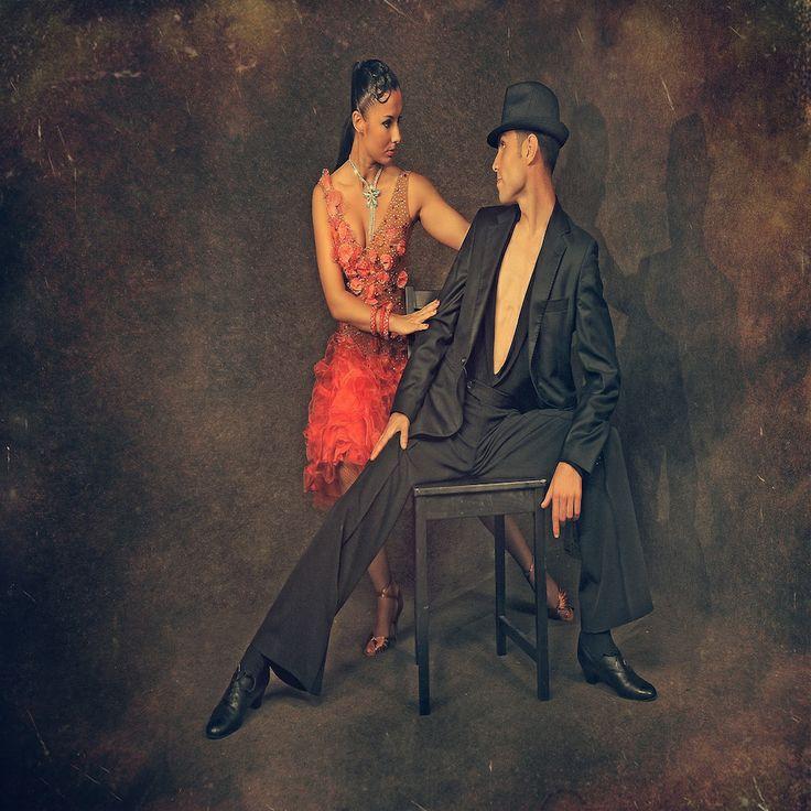 dansatori profesionisti nunta