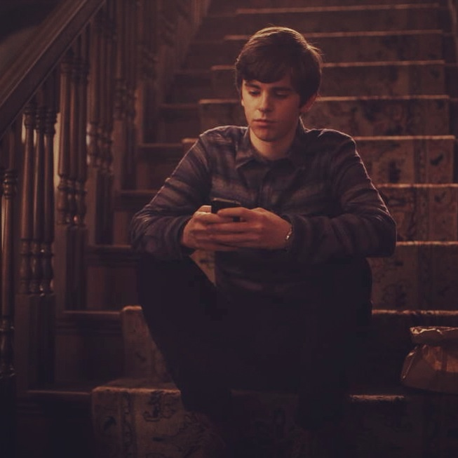 185 best freddie highmore images on pinterest freddie for Freddie highmore movies and tv shows