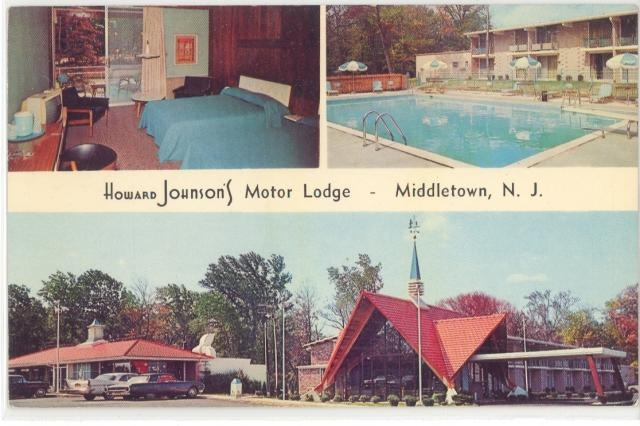 Howard Johnsons Motor Lodge Middletown New Jersey Postcard