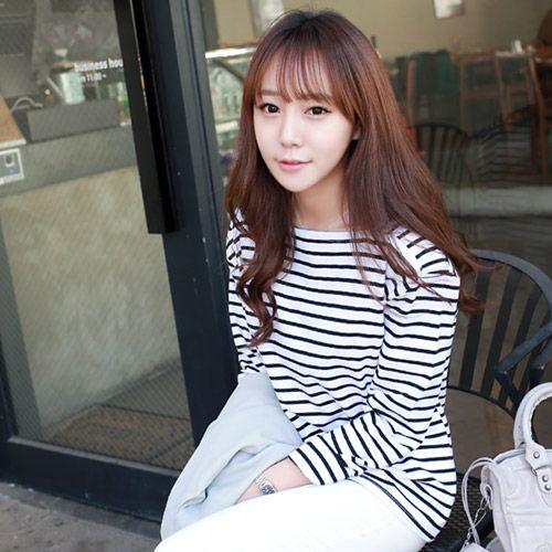 Womens Clothing Store [VANILLAMINT] Lip T-shirt  / Size : FREE / Price : 24.79 USD #dailyllook #dailyfashion #fashionitem #ootd #tops #Tshirt #vanillamint http://en.vanillamint.net/