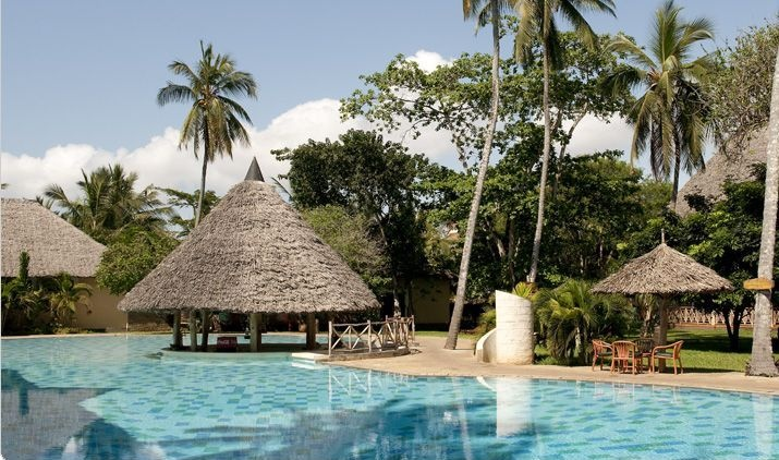 Its all about the Sun and the White sand! A Beach Holiday in Kenya is one of the things not to miss while on a Kenya Safari. Visit Mombasa for an amazing beach safari.  Meet the Sun and the White Sand