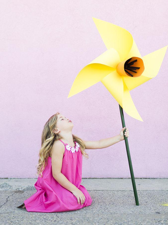DIY flower pinwheels - make a whole garden of these!