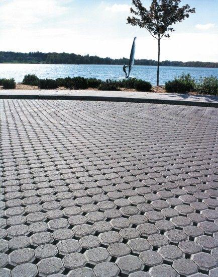 Unilock - Waterfront park with Uni Eco Stone permeable paver