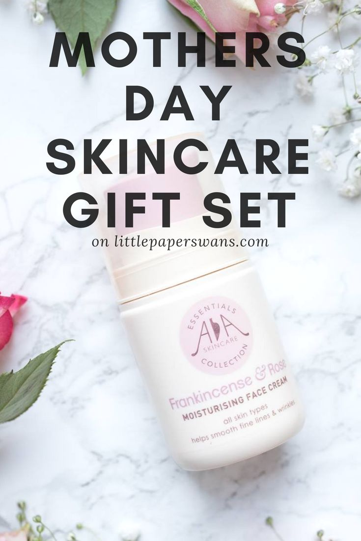 The perfect skincare set for combination skin. A great gift for mothers day.