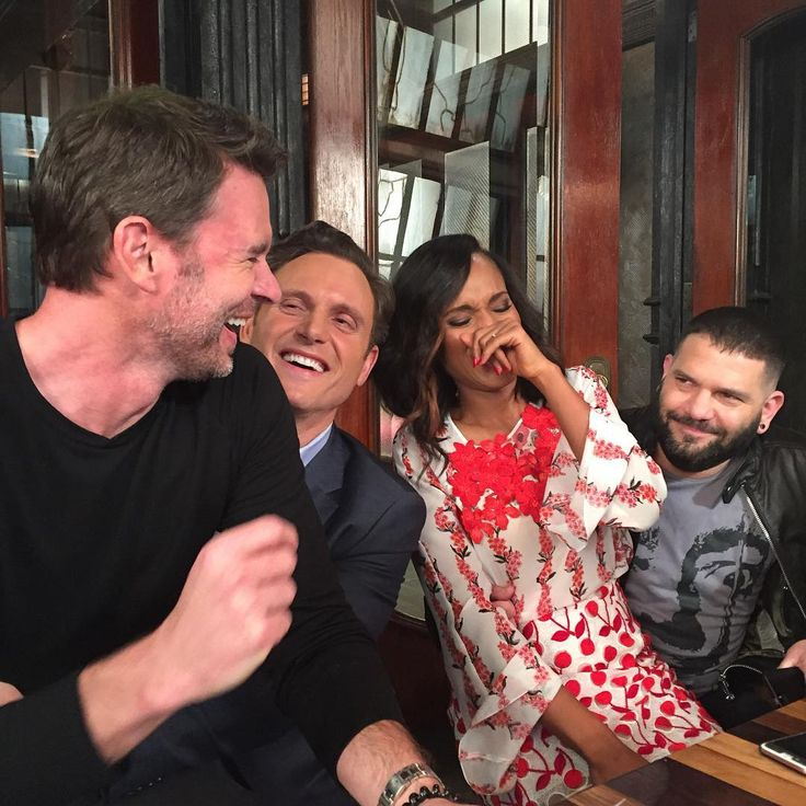 Scott Foley, Tony Goldwyn, Kerry Washington, and Guillermo Diaz #Scandal #TGIT