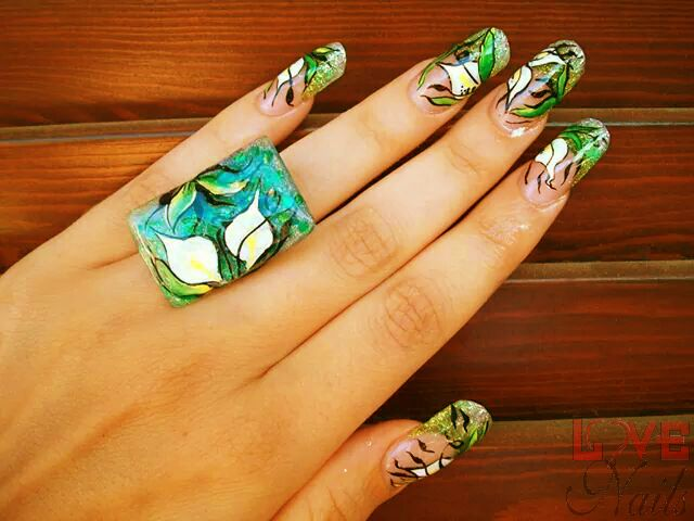 www.rdcosmetic.com Tamara Salvarani - nail artist #nailart #green #nature