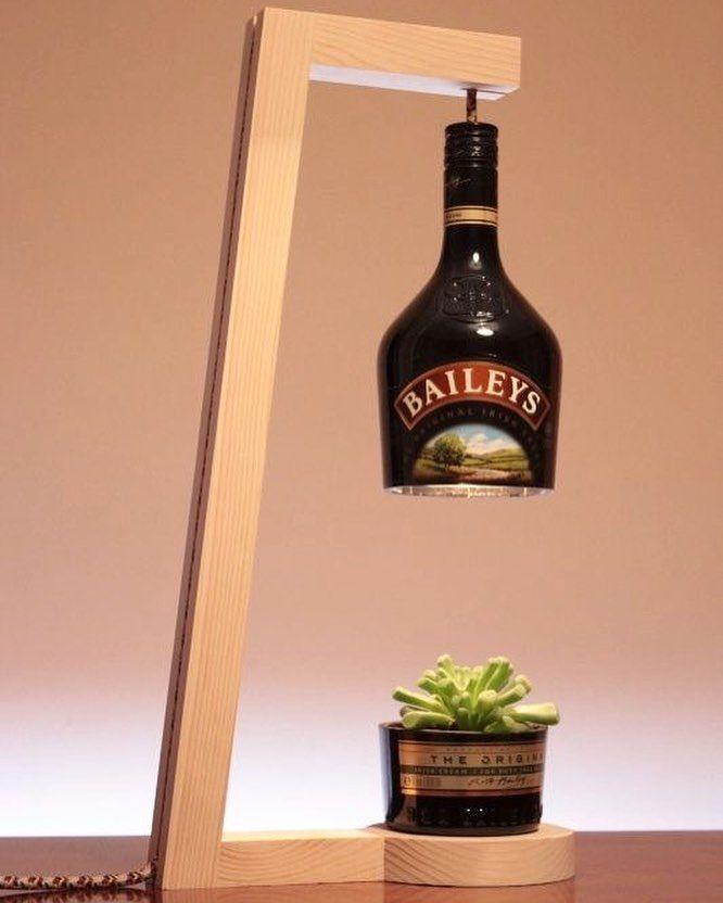 Mais uma ideia de #reuso com garrafa de vidro. Pinterest:  http://ift.tt/1Yn40ab http://ift.tt/1oztIs0 |Imagem não autoral|
